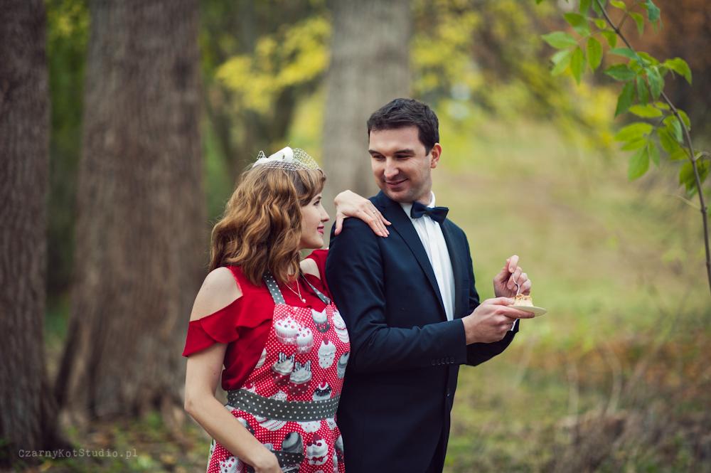 jesienna sesja ślubna w parku