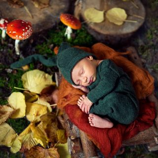 czarny kot studio, fotografia noworodkowa, sesja zdjęciowa noworodka