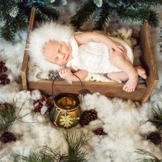 zimowa sesja noworodka, sesja noworodkowy, fotograf konin
