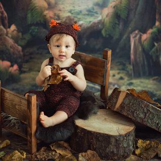 sesja w prezencie dla dziecka, sesja zdjęciowa dzieci, fotograf niemowlęcy konin, czarny kot studio