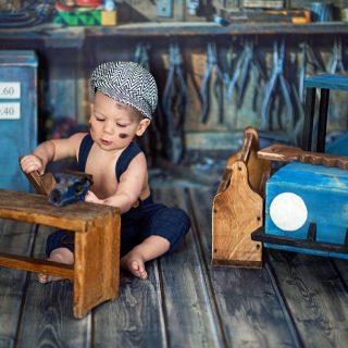kreatywna sesja zdjęciowa dziecka, sesja w studio, dzieci w studio na sesji, konin