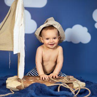 stylizowana sesja niemowlęca, dziecięca, zdjęcia dzieci, studio fotograficzne dla dzieci konin