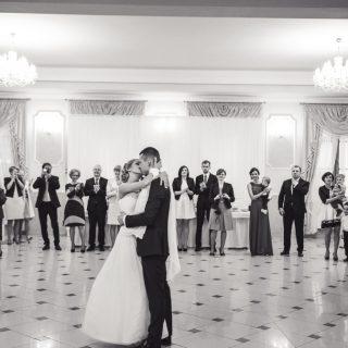 pierwszy taniec, zdjęcia ślubne z wesela konin, poznań, słupca turek, września