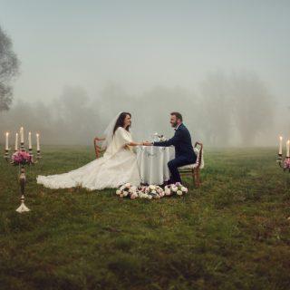 plener ślubny o świcie, plener we mgle, pomysł na sesję, fotograf ślubny konin