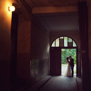 romantyczne zdjęcia ze ślubu, plener w poznaniu