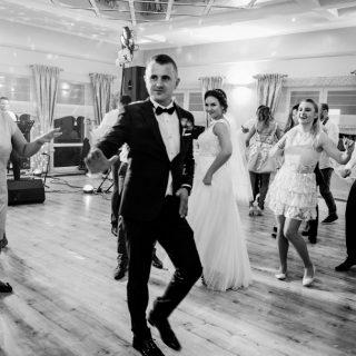reportaż ślubny z wesela, oczepiny, fotograf na wesele konin, poznań, koło turek