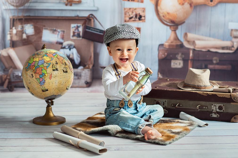 mały podróżnik, dziecko na sesji, fotograf dziecięcy konin
