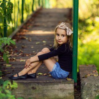 sesa zdjęciowa dziecka w plenerze